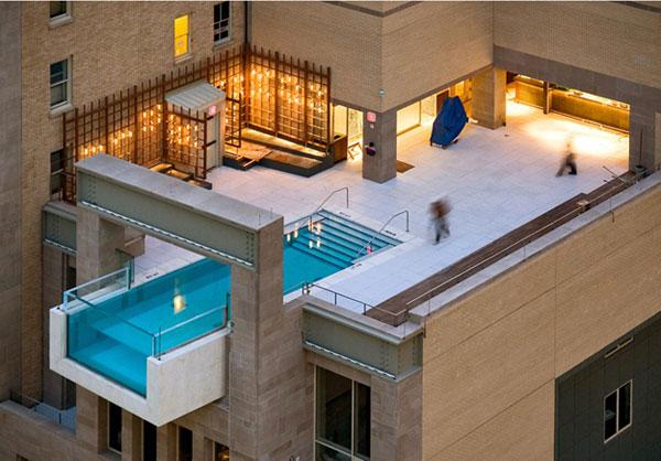 hotel-pool-2