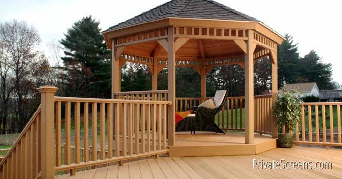 Wooden Gazebos vs. Metal Gazebos
