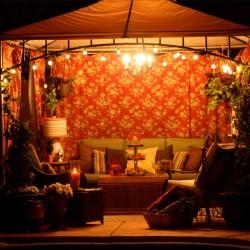 10 Gorgeous Gazebos that Feel Like a Dream Getaway-Arabian nights