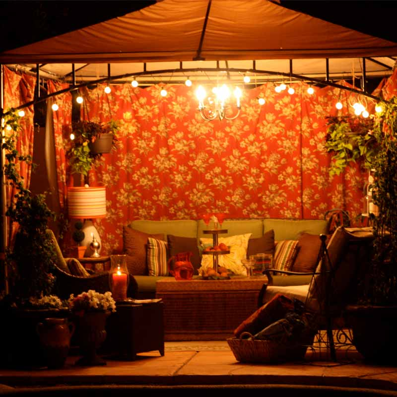 10 Gorgeous Gazebos that Feel Like a Dream Getaway-Arabian nights
