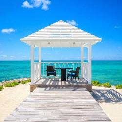 10 Gorgeous Gazebos that Feel Like a Dream Getaway-Sand and sea